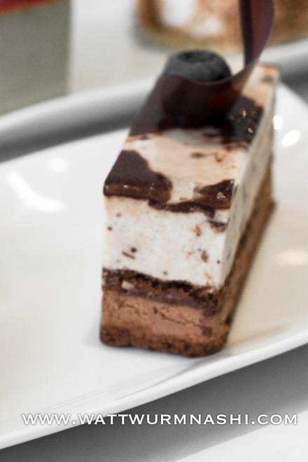 Pâtisserie Kitazaki iced entremet chocolate banana